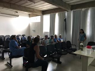 Colaboradores do setor de Limpeza da Santa Casa de Formiga passam por treinamento