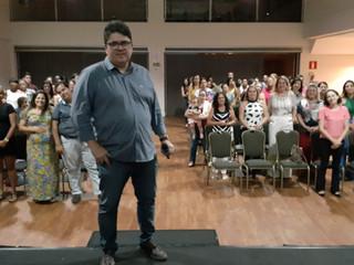 """Outubro Rosa: Santa Casa de Formiga realiza palestra com o tema """"Saúde da Mulher"""", no encontro mensa"""