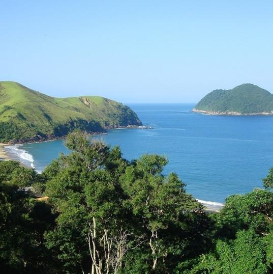Vista da propriedade com a ilha