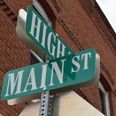 Main Street Businesses Benefit from Payroll Services