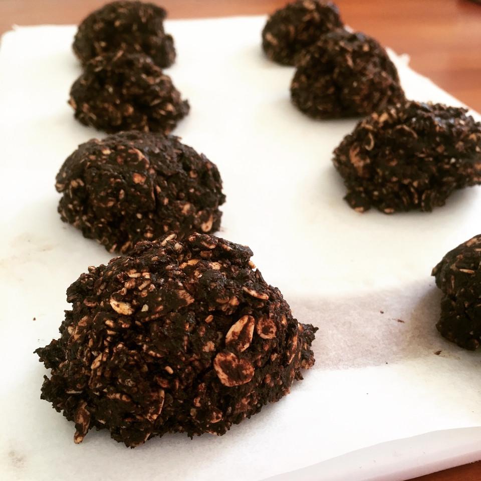 Dark Chocolate No-Bake Cookies
