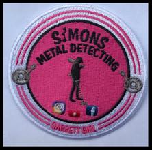 Simons metaldetecting - Garrett girl.jpg