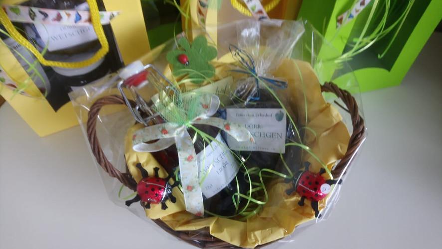 Geschenkkörbli