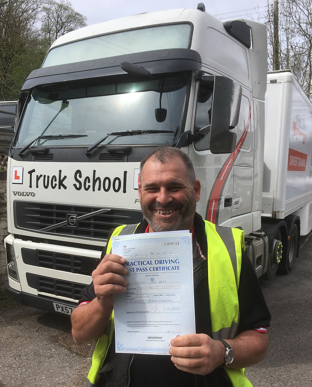 Tim Parry passed his class 1 FIRST TIME with Truck School