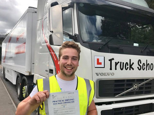 Oliver Evans gains class 1 at first attempt with Truck School and our trainer Mike