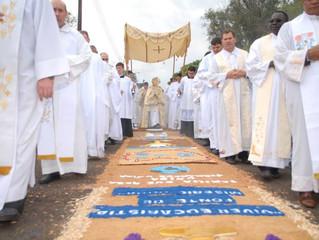 Amanhã na Catedral celebração de                      Corpus Christi