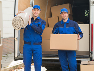Self Packing vs Full Service Moving: Which Is Right for You?