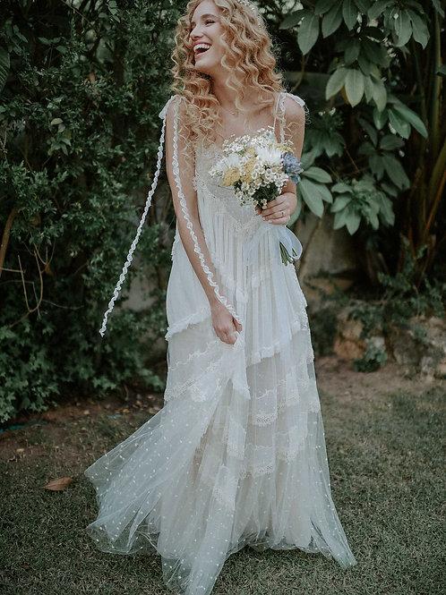 השמלה של הגר קרויטורו