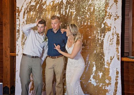 Tulsa photo booth & tulsa wedding dj