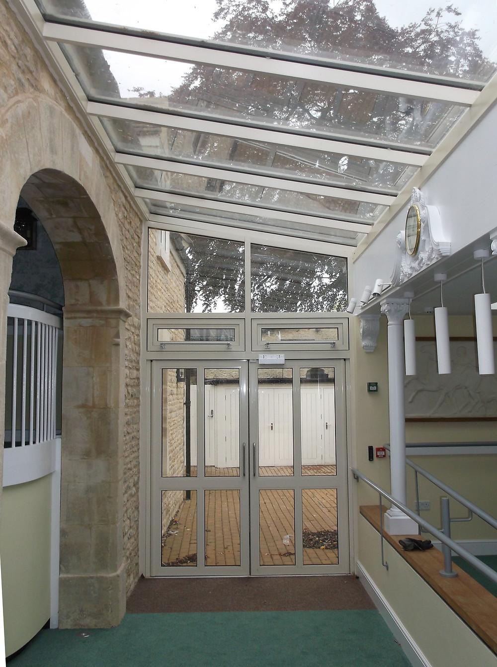 Admiral Windows Oxford Commercial Aluminium Doors and Aluminium Link Conservatory