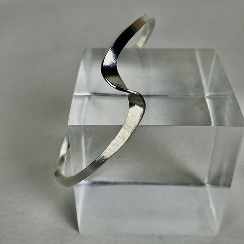Forged Wave Cuff, S/M size