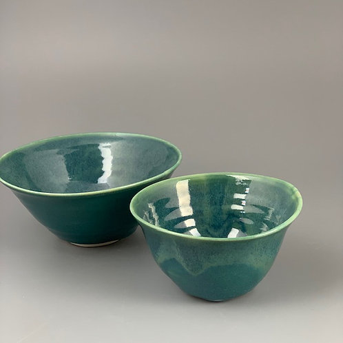 Set of two small bowls
