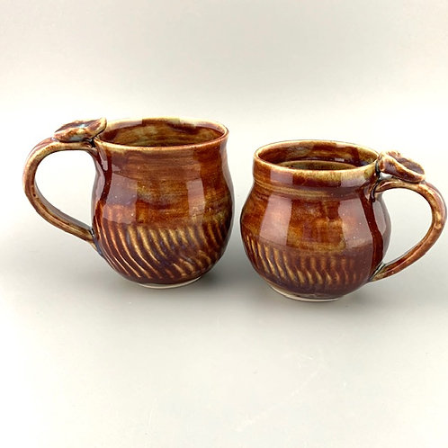 Set of 2 Mugs with Thumb-rests