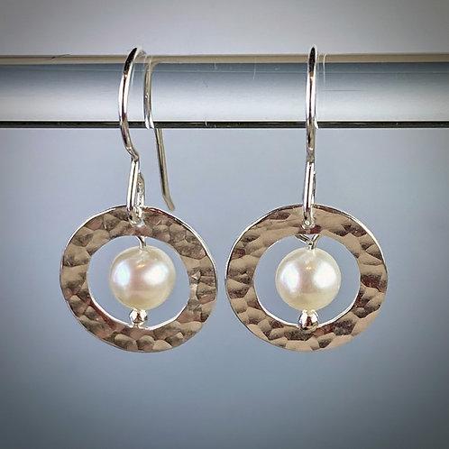 Circles n' Pearls
