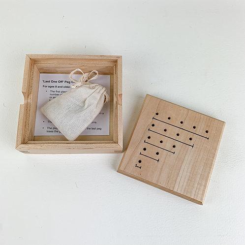 Maple & Walnut Peg Game