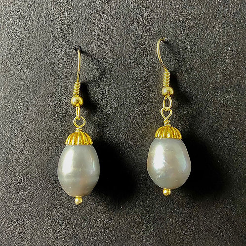 Grey Pearl and Gold Earrings