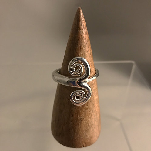 Forged Swirl Ring