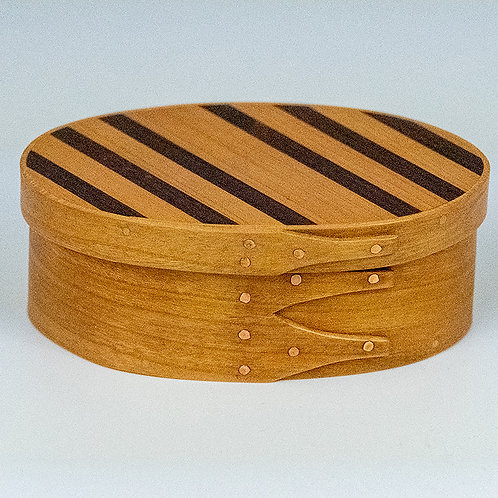 Shaker box with cherry sides and diagonally striped top (cherry/walnut)