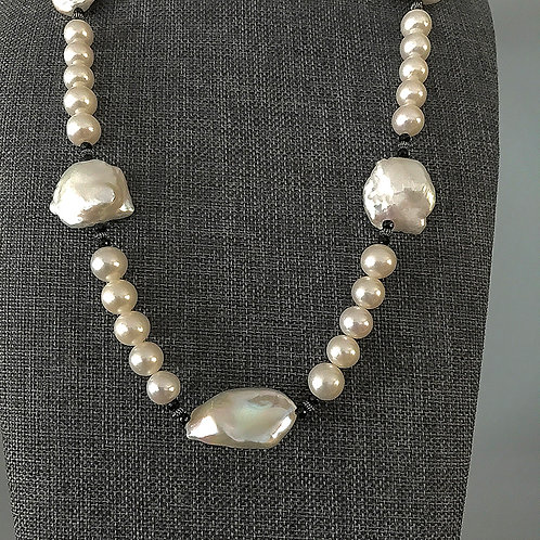 Blister, Round and Freeform Pearl Necklace