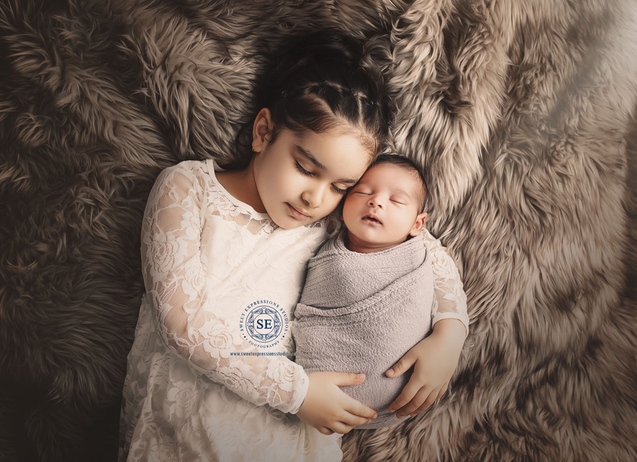 Toronto-Newborn-Photography-siblings-879