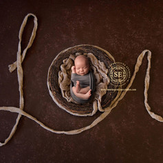 Toronto-Newborn-Photography-Love.jpg
