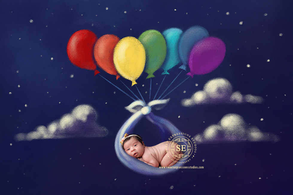 Toronto-Newborn-Photography-Balloon.jpg