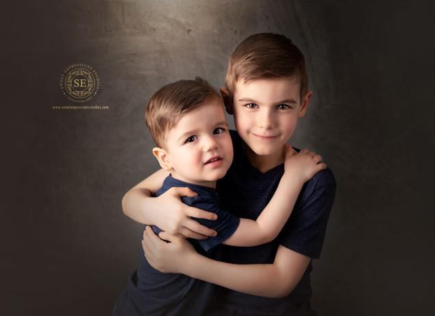 brothers-photography-Toronto.jpg