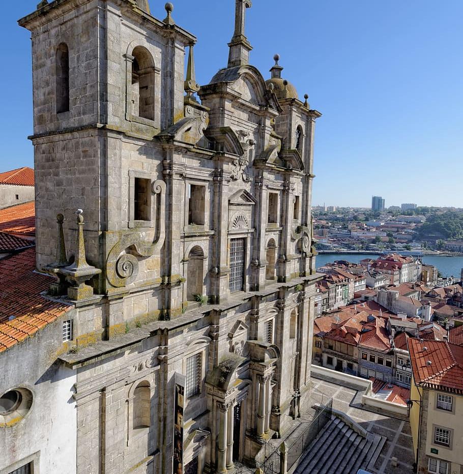 S. Lourenço Church