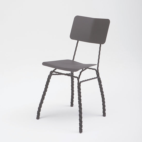 TWISTED Chair