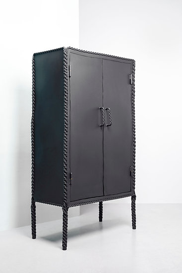 TWISTED Cabinet XL