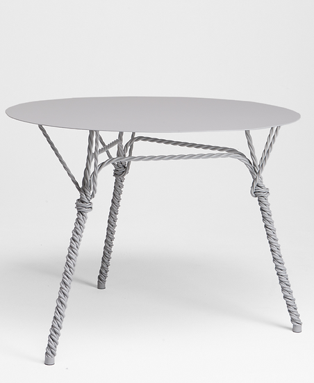 TWISTED Table
