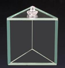 Prisme équilatéral creux en verre