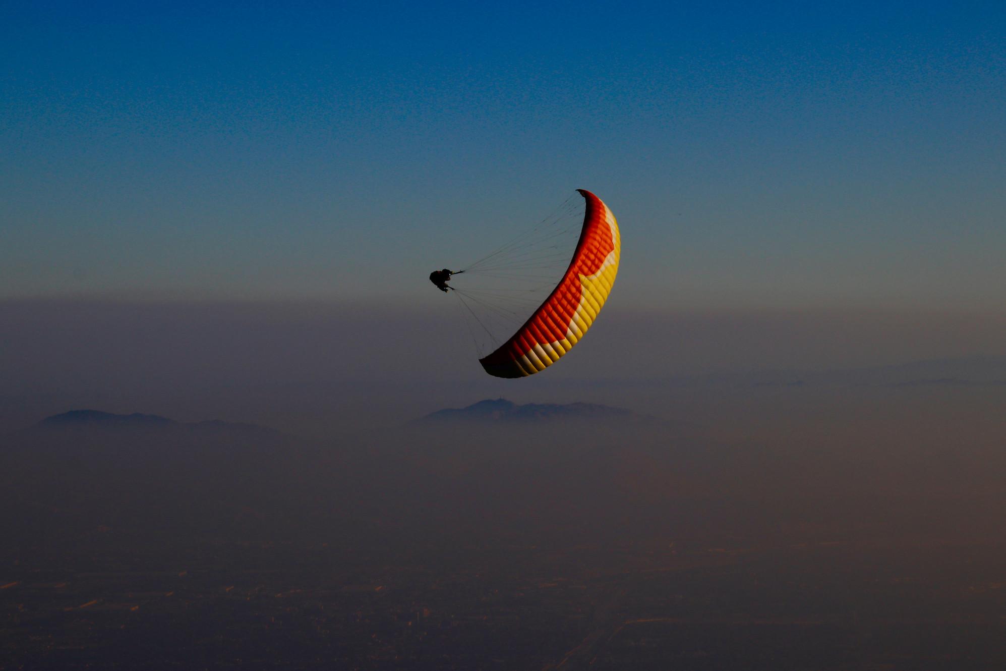 Tandem paragliding flights - Paragliding California Los Angeles