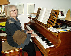 Diane at Piano.jpg