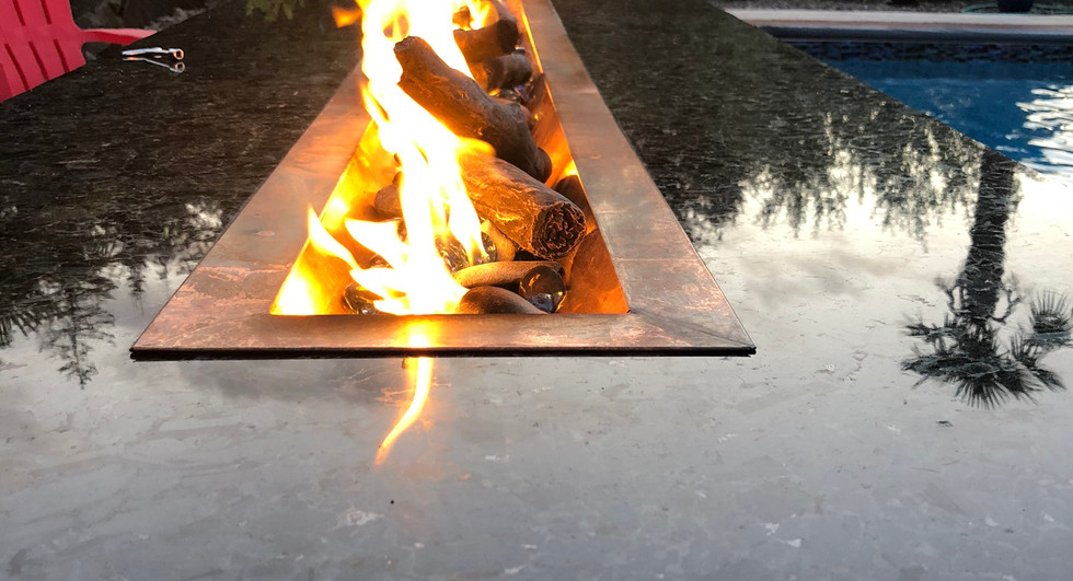 Volga Blue Fire Table