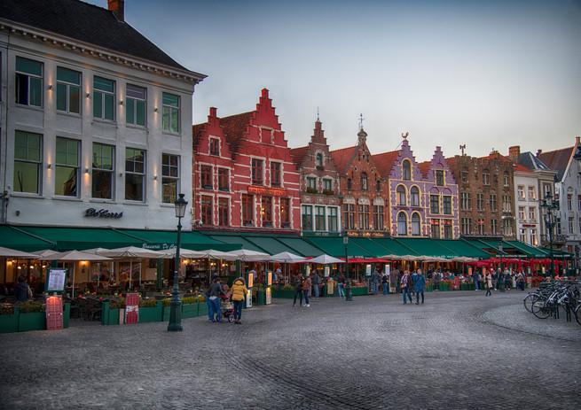 Brugges Square - 001-A.jpg