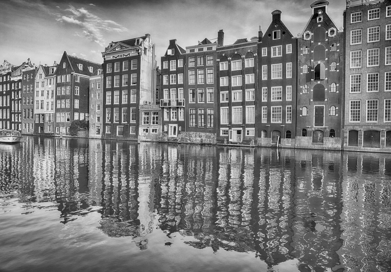 Amsterdam Canal - 001 - A.jpg