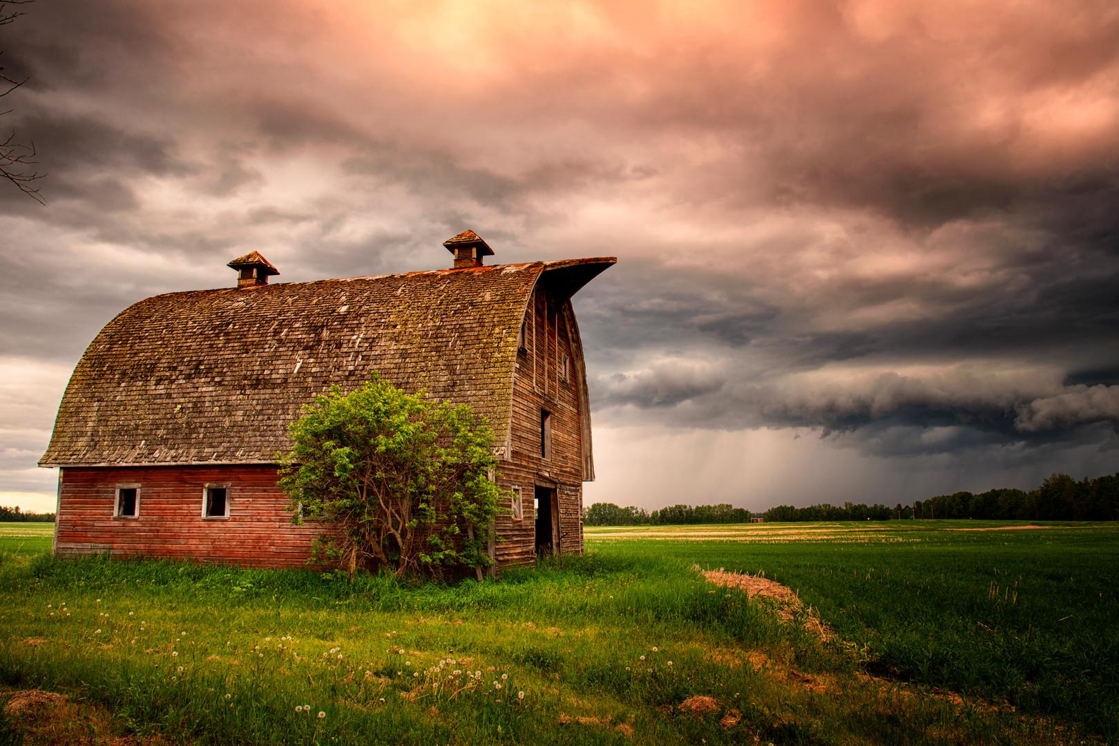 Prairie Barn.jpg