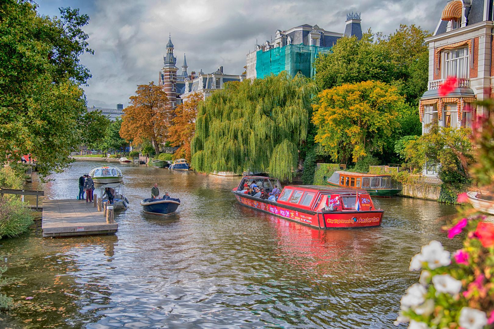Amsterdam Canal - 003 - A.jpg