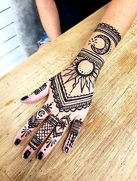 Prisca Art Henna Melbourne Sun Moon hand Design.jpg