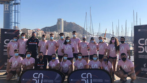 El remo universitario compite en el Puerto de Alicante