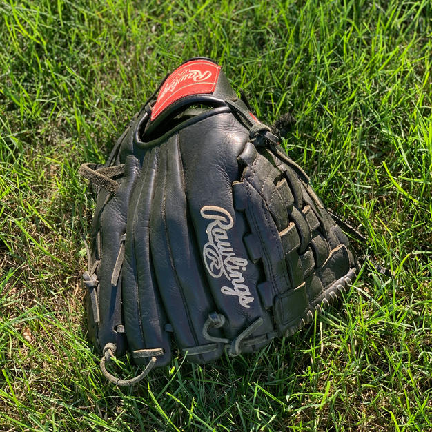 Rawlings Left Handed Glove