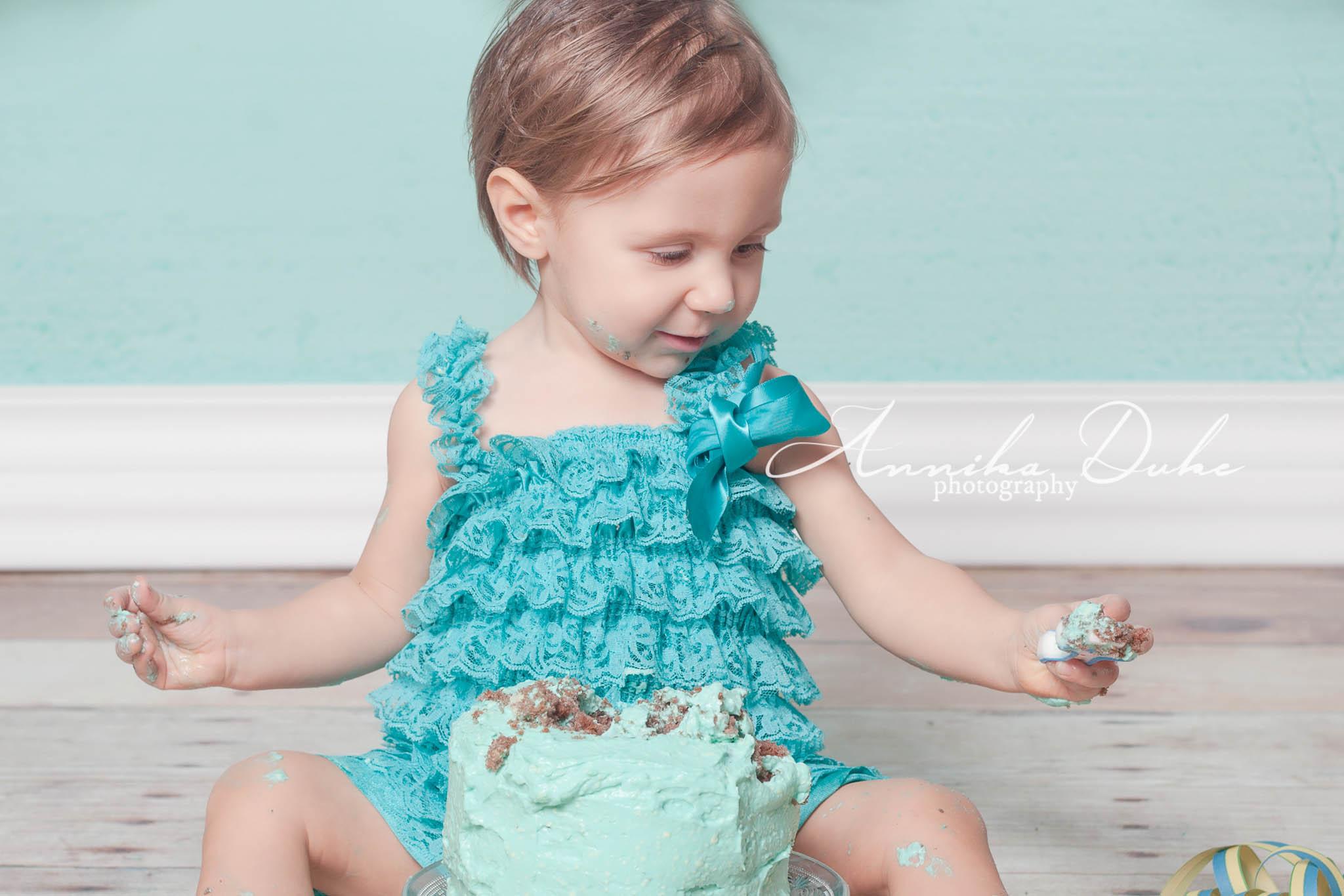 Emma_cake_smash-133-Edit_AD_klein