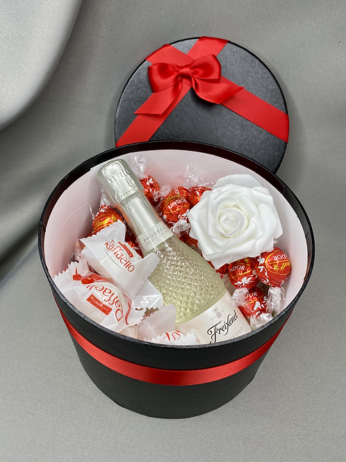 Large Luxury Chocolate and Prosecco Gift Box