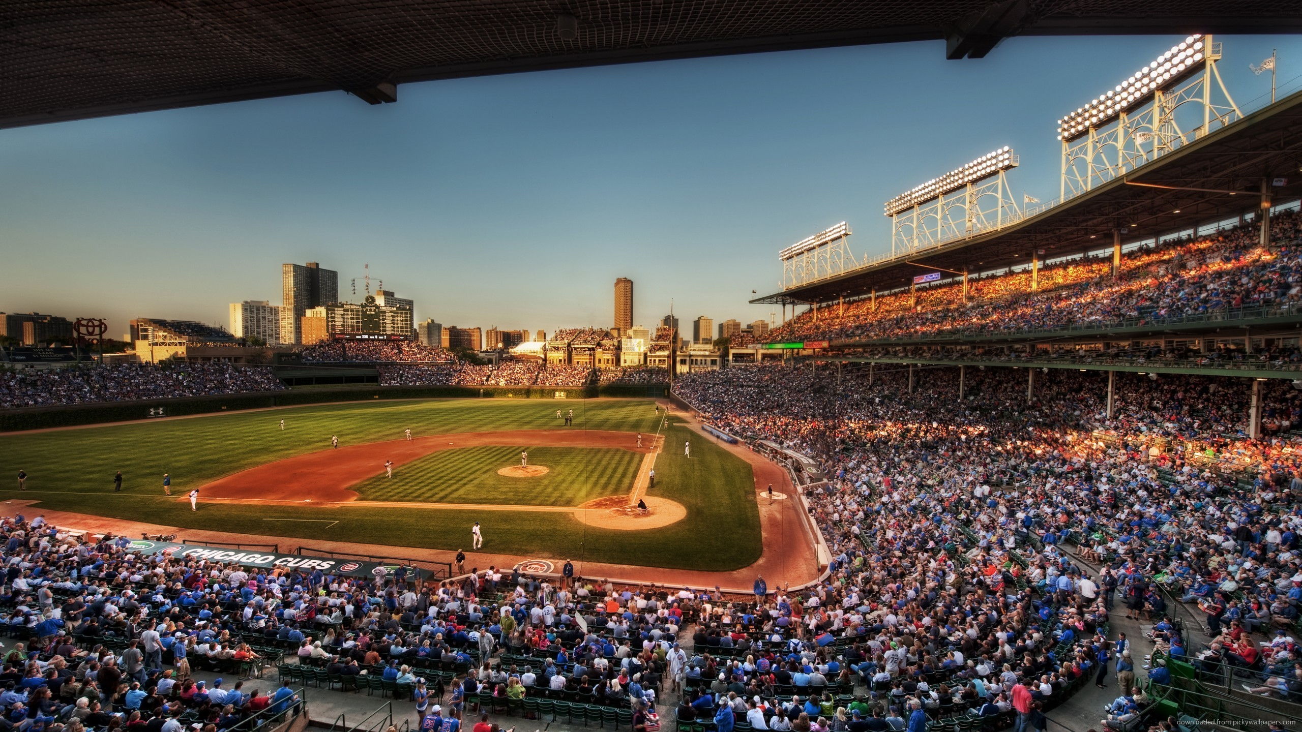 chicago-cubs-stadium