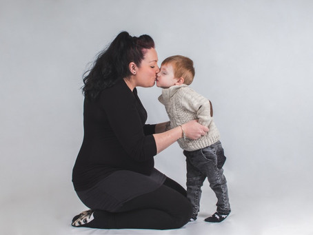 Amy and Lincoln (Mummy and Me/Maternity photoshoot)