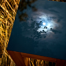 Compact oak table with interchangeable signed and numbered art photo table top in 4 mm tempered glass (32x32 cm), with possibility of underlight (with dimmer).