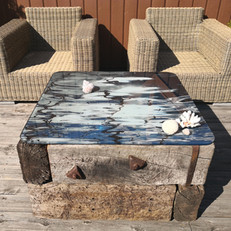 """Outdoor art photo table in 900x900x9 mm glass and old railwaysleepers - """"A Piece of Water""""-table 2"""