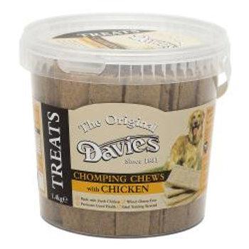 Davies Chomping Chews Chicken