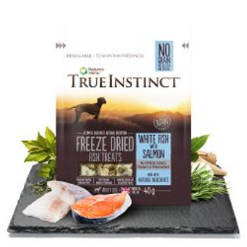 True Instinct White Fish & Salmon Freeze Dried Treats for Adult Dogs